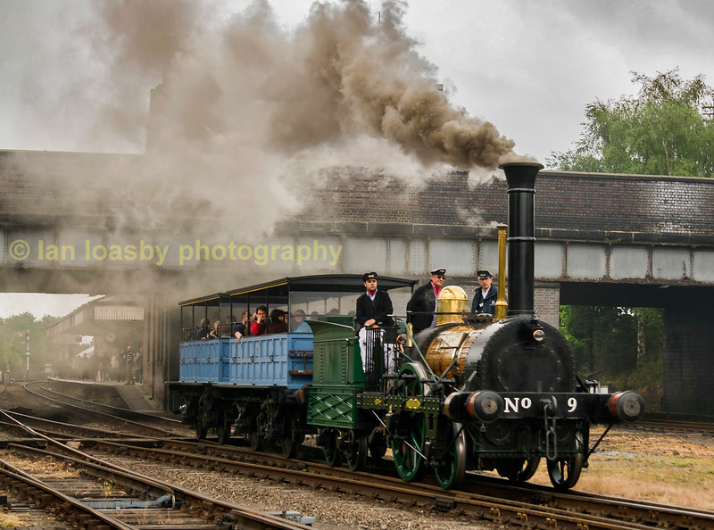 Planet no 9 departing from Loughborough central during a 'Golden Oldies 'weekend