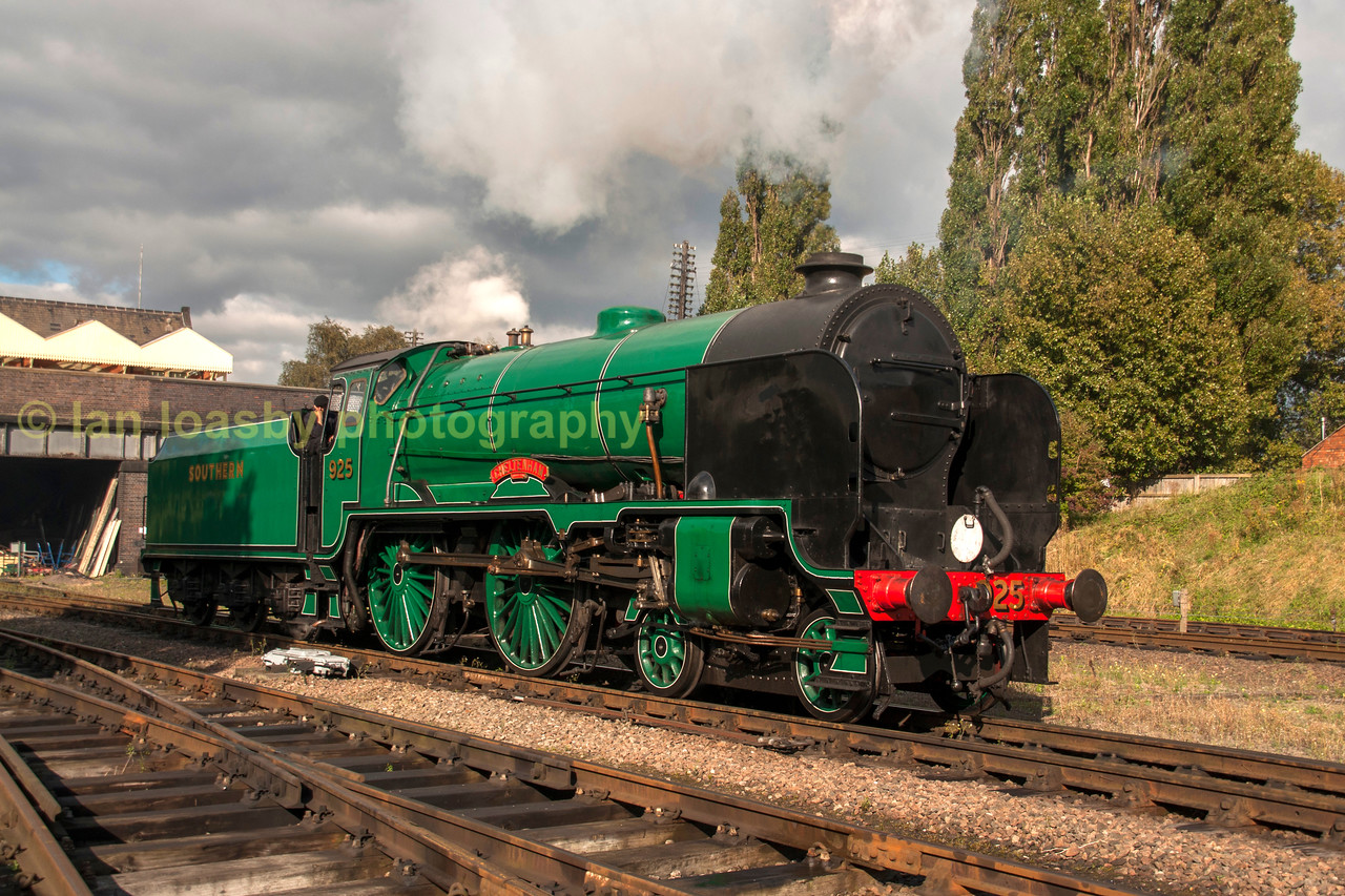 Ex SR 4-4-0 No 925 Cheltenham at Loughborough central