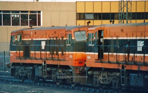 189 (IR Branding & modified livery)  Connoly  D Heath