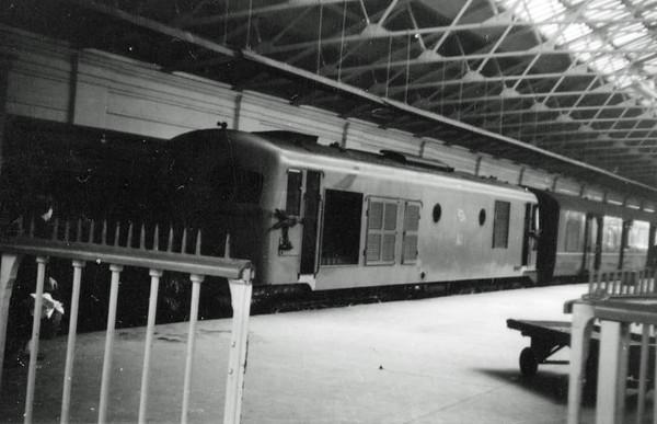 001) A1 CIE Limerick  1960  D Heath