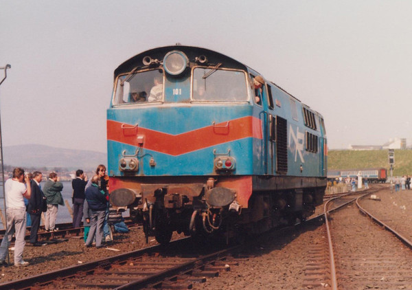 101 Eagle Londonderry run round Irish Traction Group The Hunslet Farewell Saturday 21 April 1990 D Heath