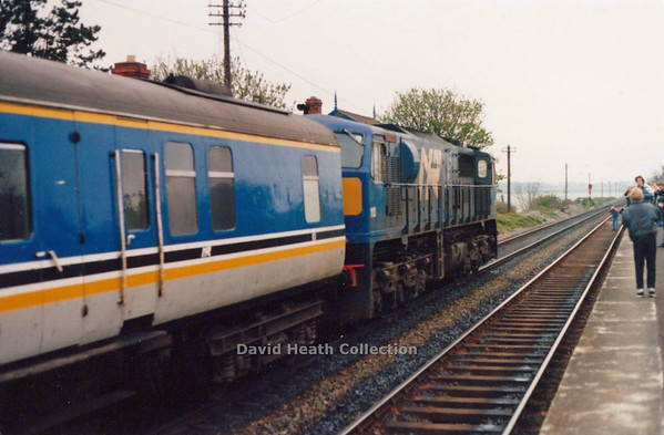113 Belfast & County Down Malahide (awaiting restart after leaving bahind a faulty coach) 21-4-90 D Heath