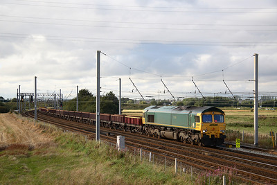 Freightliner 66612 on empty MHAs  southbound at winwick  5/9/07