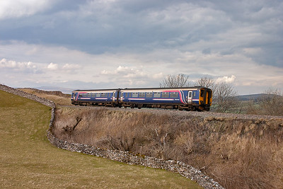 """156441 still carries the First Group """"Barbie"""" livery but is branded with Northern Rail markings. It returns to Leeds with 1E23 1546 off Carlisle."""
