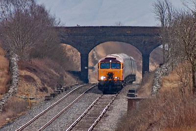 A northbound diverted working is caught bending over the summit as Ais Gill, from level to 1 in 100 falling.