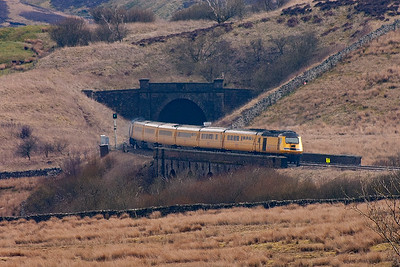 A mile away and the NMT crosses Lunds Viaduct and will soon enter Moorcock Tunnel as it heads south.