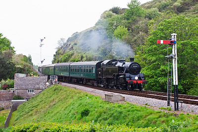 The steam turn is back out again and 80078 works back to Swanage with 2S20 1550 from Norden.