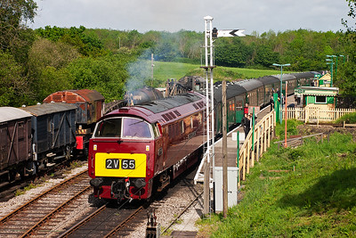 At Norden the class 47 came off leaving D1015 to work 2S01 0950 from Norden back to Swanage. Pete Duncalfe, the Swanage driver, made a quick phone call and I was summoned down for a cab ride to Swanage in a Western. Oh yes!!