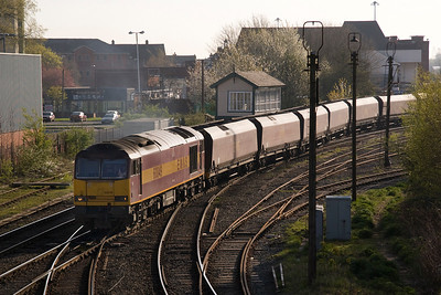 Having run round at Latchford, 60049 heads back through Arperly Jct, heading to Fiddlers ferry 09/04/11