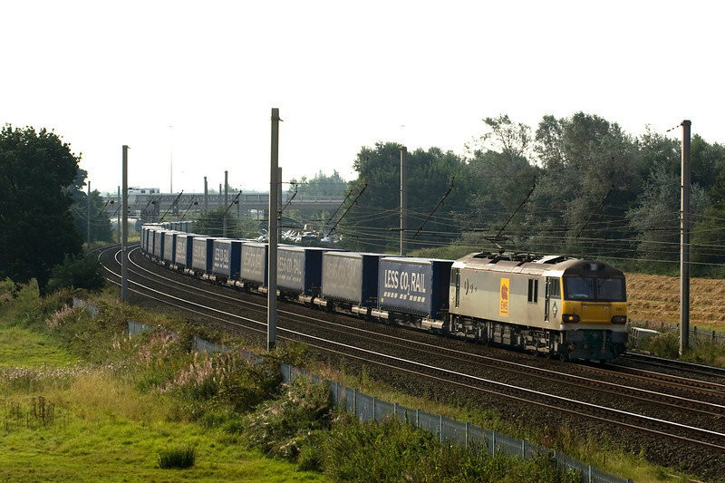 Another Saturday - another shot of 4S43 Daventry-Mossend - this time with 92026 8/9/12