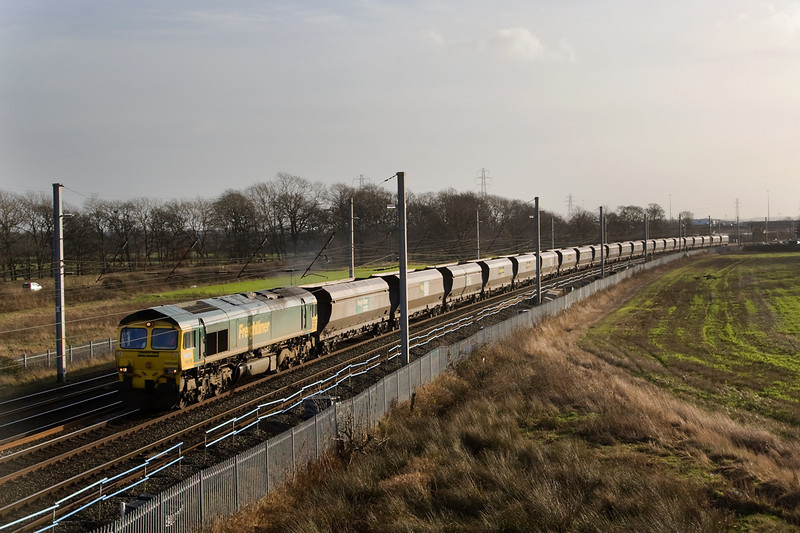 4C22 Fiddlers Ferry- Carlisle was running about 2 hours late as it passed Winwick behind 66508