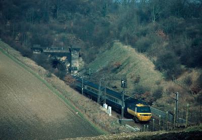 HST between Welwyn tunnels  13.30 Kings X York 19/2/84