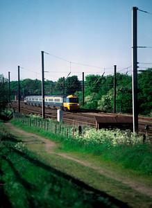 unidentified HST 15.45 Leeds  King Cross near Brookmans Park 31/5/85