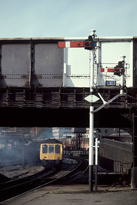 Class 115 51656 leaving Marylebone 16.00 Banbury 12/10/85