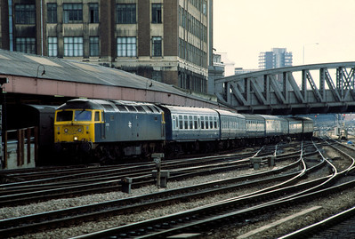 47515 arriving Paddington with Chartex from Totnes 13/4/85