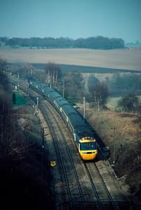 HST 10.30 Newcastle Kings X entering Welwyn tunnels 19/2/84