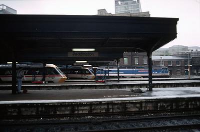 47716 and 2 HSTs at Paddington 08/12/90