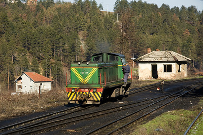 Having dealt with its train 740-107 returns to the stabling point at Oskova.