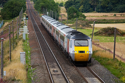 Thank goodness for a total change from the relentless sprinter and turbostar units.  Virgin Trains East Coast service 1E15 0952 off Aberdeen to Kings Cross comes by with 43308 leading and 43319 on the back of the nine mkIII coaches.