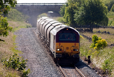 As 67017 approaches it passes the severed remains of possibly Hindlow's down home or outer home signal post.