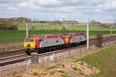 This pair of class 57/3's almost caught me out as they snuck up on me when I wasn't looking! 57306 and 57314 run north on the down slow line.