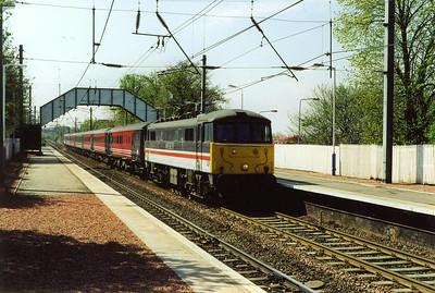 InterCity liveried 86209 passes through Slateford with 1S48 0905 Birmingham New Street to Edinburgh.