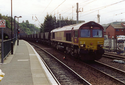 66029 comes out of Carlton Hill South tunnel with a rake of empty HAA coal hoppers working 6C12 0805 Millerhill to Ravenstruther.