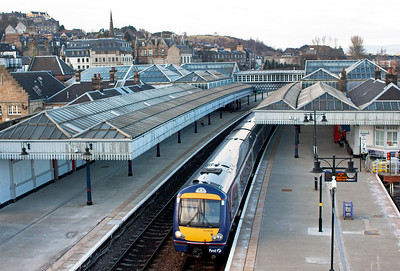 Another southbound working from Dunblane sees 170456 make sits station stop with 2N48 1513 to Glasgow Queen Street.