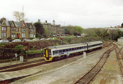 A move further west to Truro and at the west end of the station 158832 arrives with 1B39 1140 Penzance to Cardiff Central.