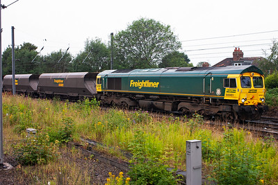 One of Freightliner's first low emission class 66 locos is rostered to 4S08 0815 Drax Power Station to New Cumnock empties. 66951 is identical to its sisters in appearance apart from a smaller fuel tank and a fifth door to access the engine room on one side.