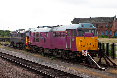 Also at Derby is Brush type 2 31601 in the light purple livery of the now defunct FMRail.