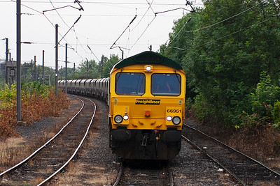 A head on view of 66951 in Holgate sidings.