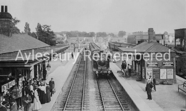 Aylesbury railway station in the early 1900s
