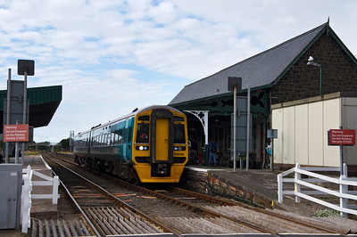 158832 at Barmouth Station with the 15:37 Pwllheli to Machynlleth service.