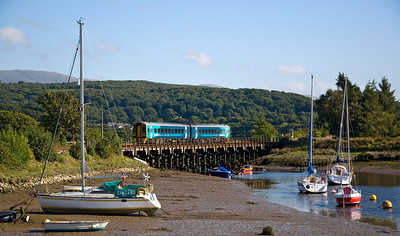 158818 crosses the Afon Artro shortly after passing Pensarn station with the 15:37 Pwllheli to Machynlleth service.