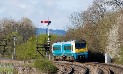 175007 with the 1W13 0615 Carmarthen to Manchester Piccadilly service.