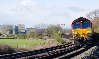 66168 with 6Z36 Acton T.C. to Moreton-on-lugg near Tram Inn.