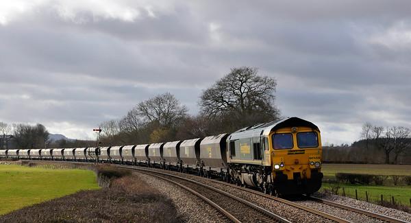 66559 with 6M61  Portbury to Rugeley PS near Tram Inn.
