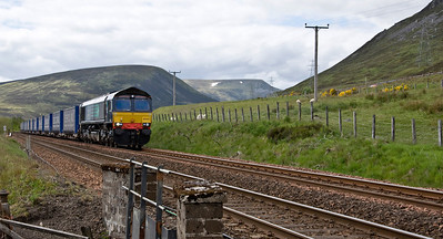 66425 south of Dalwhinnie with DRS's 4D47 Inverness to Mossend Tesco's Intermodal.