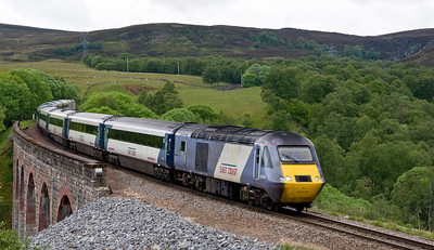 East Coast's 43318 heads south over Slochd Viaduct with the 1E17 0940 Inverness to London Kings Cross service.