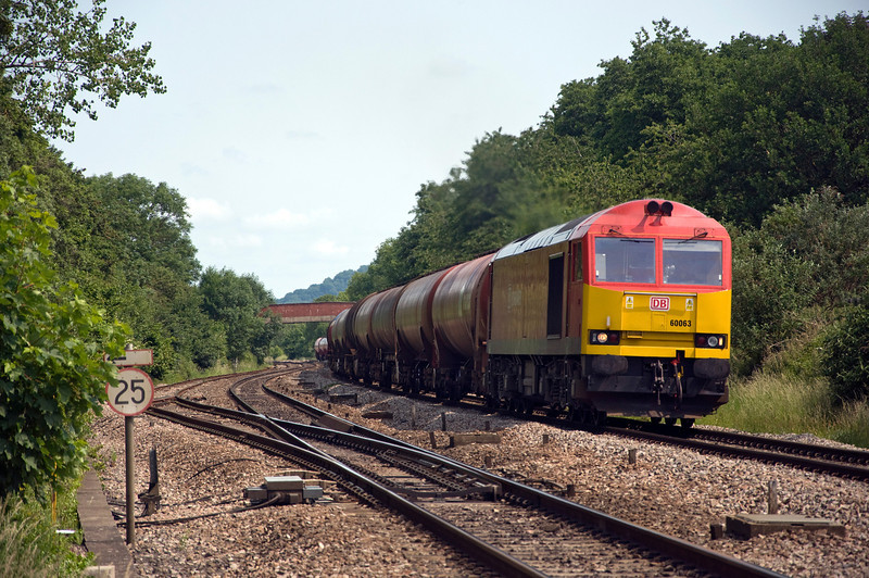 60063 approaches Haresfield loop with the 0507 Robeston Sdgs to Westerleigh Murco Tanks, seen here on the 26th of June 2013.