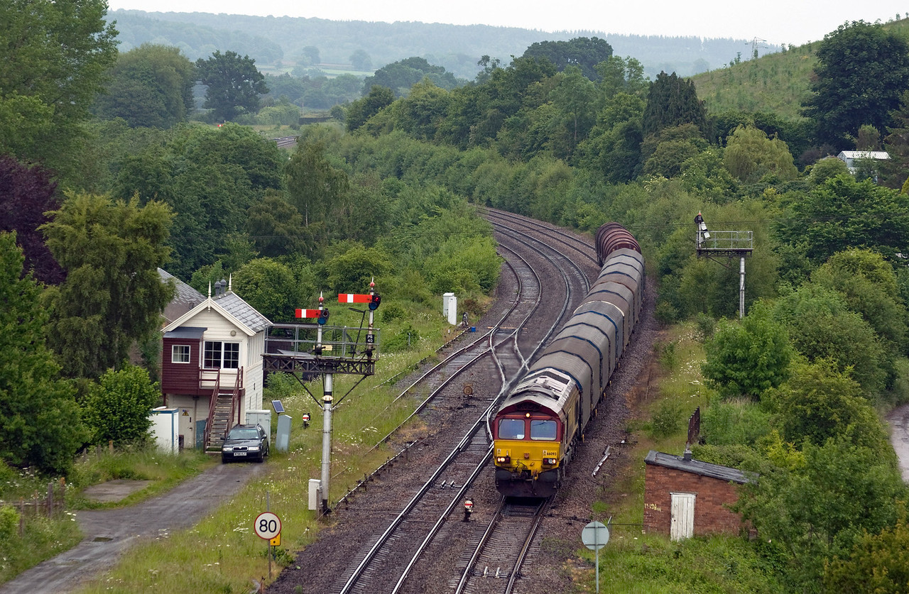 66093 with 6V75 the 09:30 Dee Marsh Recp. Sdgs to Margam T.C. Seen here passing Pontrilas on the 17th of June 2013.