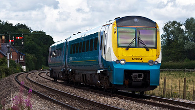 175004 with the 1V81 11:30 Manchester Piccadilly to Carmarthen service, seen here at Moreton on Lugg