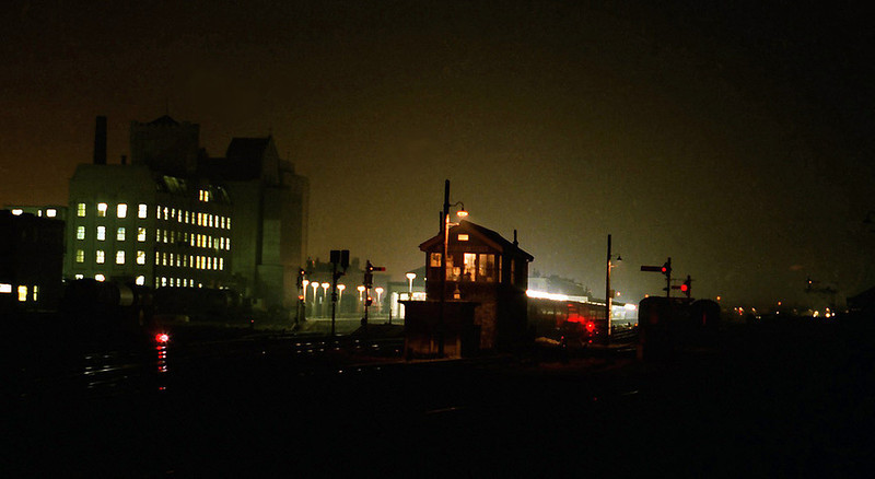 Cambridge South night Scene. 9th January 1980. 8 second exposure.