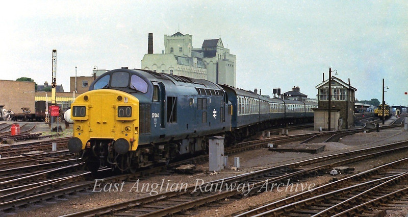 37044 leaves Cambridge with the 1135 to Liverpool Street. 15th July 1978. Viewed from the Cattle Market, a superb location for spotters in the sixties.