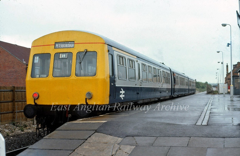 Class 101 stands at the remaining platform at Newmarket. c1982