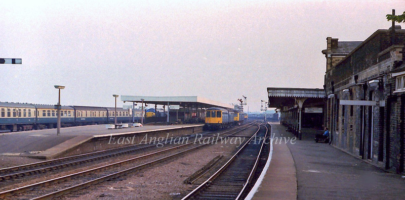 Ely facing the up direction towards Cambridge. 13th July 1978.