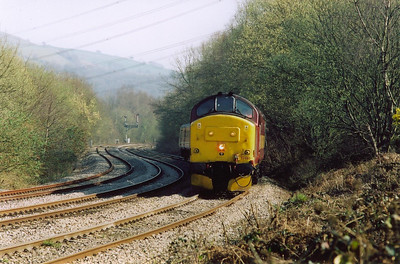 Just to the south of Ystrad Mynach 37405 comes through the reverse curves heading north with 2R34 1459 from Cardiff.