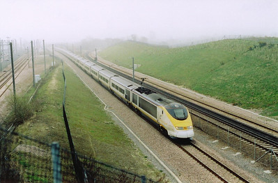 Another London bound train passes formed by 3213/14 with 9145 1556 from Brussels.