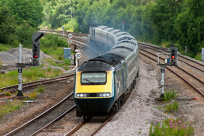 This set has been seen before heading north. Now 43104 and 43054 return south to London with 1C29 1127 Sheffield to St Pancras.
